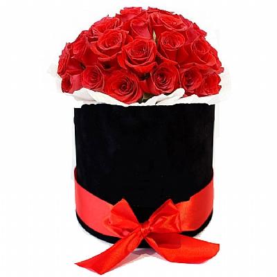 Siyah Çiçek Kutusunda 20 Kirmizi Gül